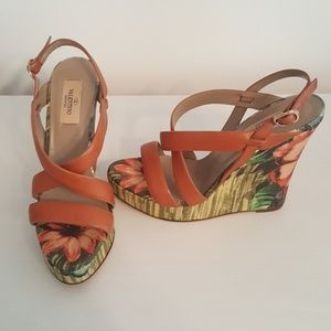 Authentic Valentino Floral Wedges sz 38.5